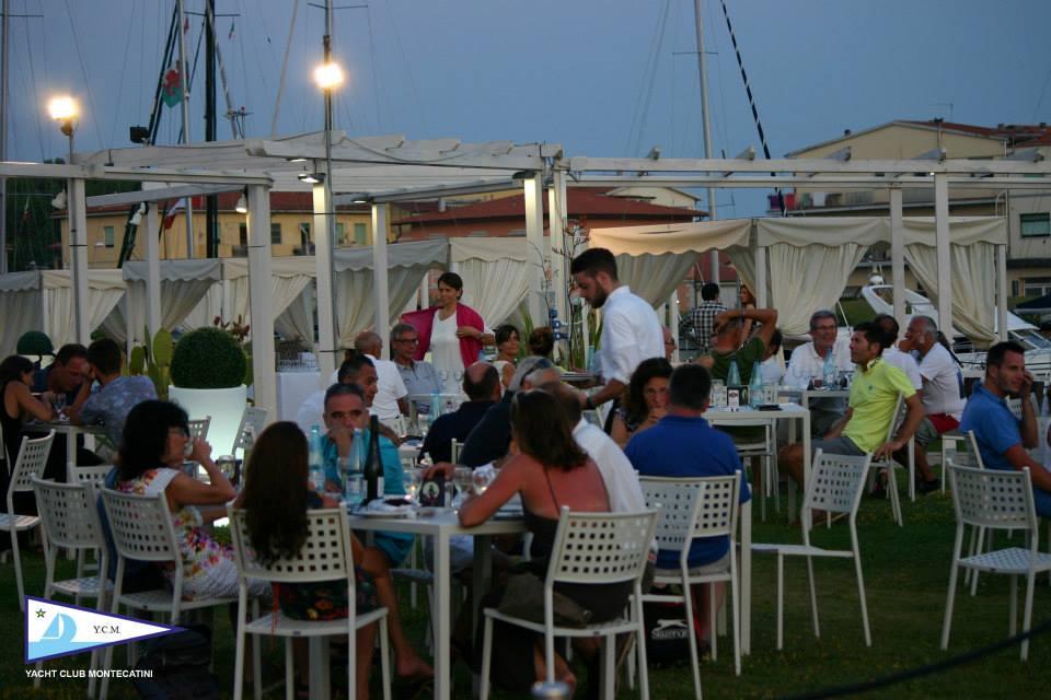 04_07_2015_apericena_fuorionda_10