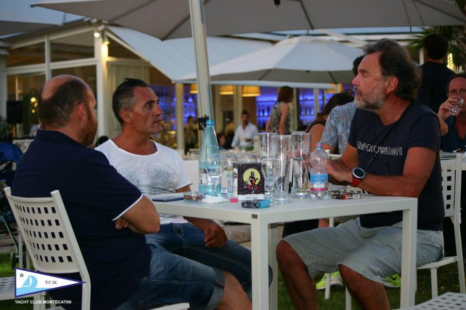 04_07_2015_apericena_fuorionda_13